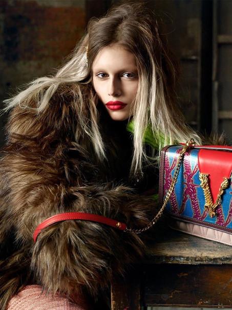 Versace AW/19 Campaign - Kaia Gerber Versace AW/19 Campaign