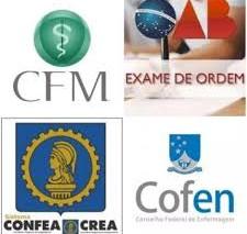 Contratação de empregados de conselhos profissionais pela CLT é constitucional