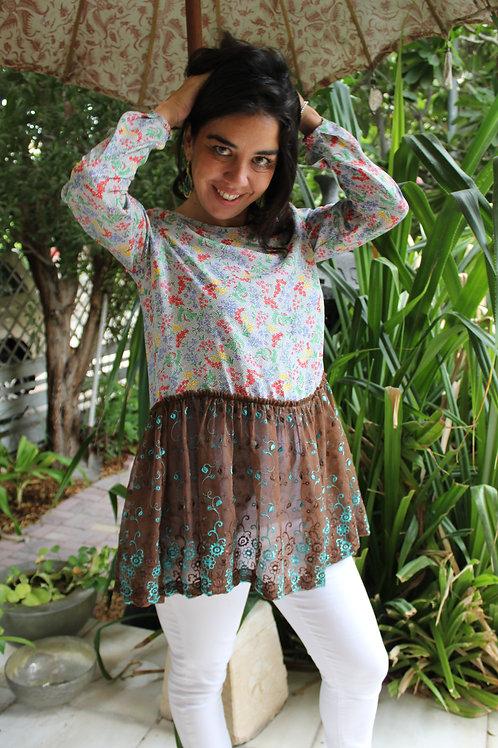 Silky top with peplum skirt
