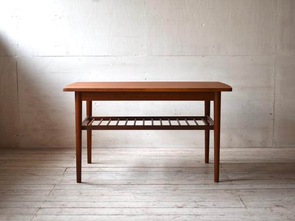 3-081 Coffee table