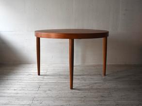 4-012 Round dining table - Kai Kristiansen