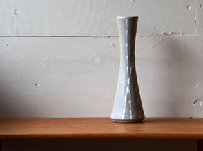 4-085 flower vase