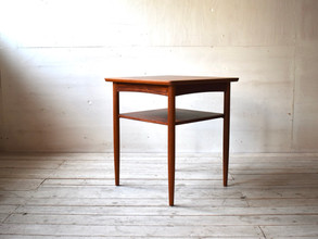 3-024 Side table
