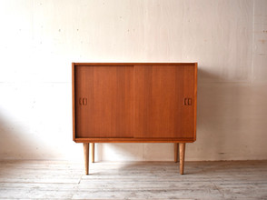 4-017 Cabinet