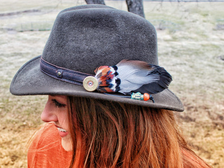 DIY Feather Pendent