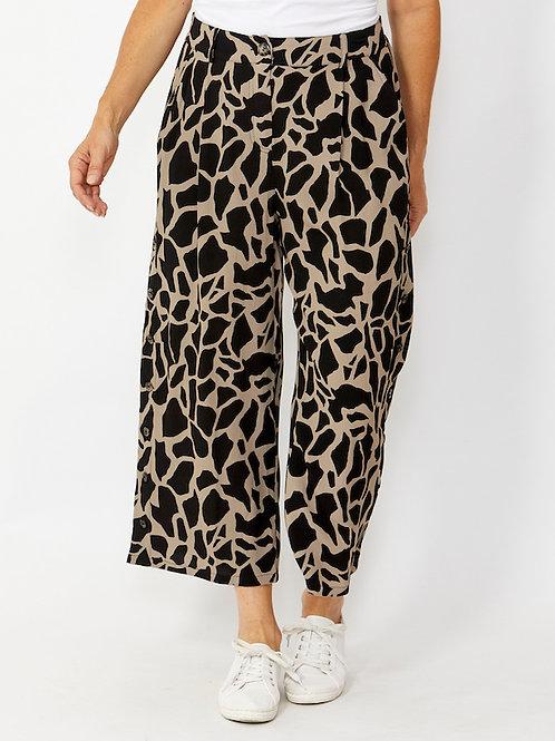 7/8 Giraffe Print Culotte