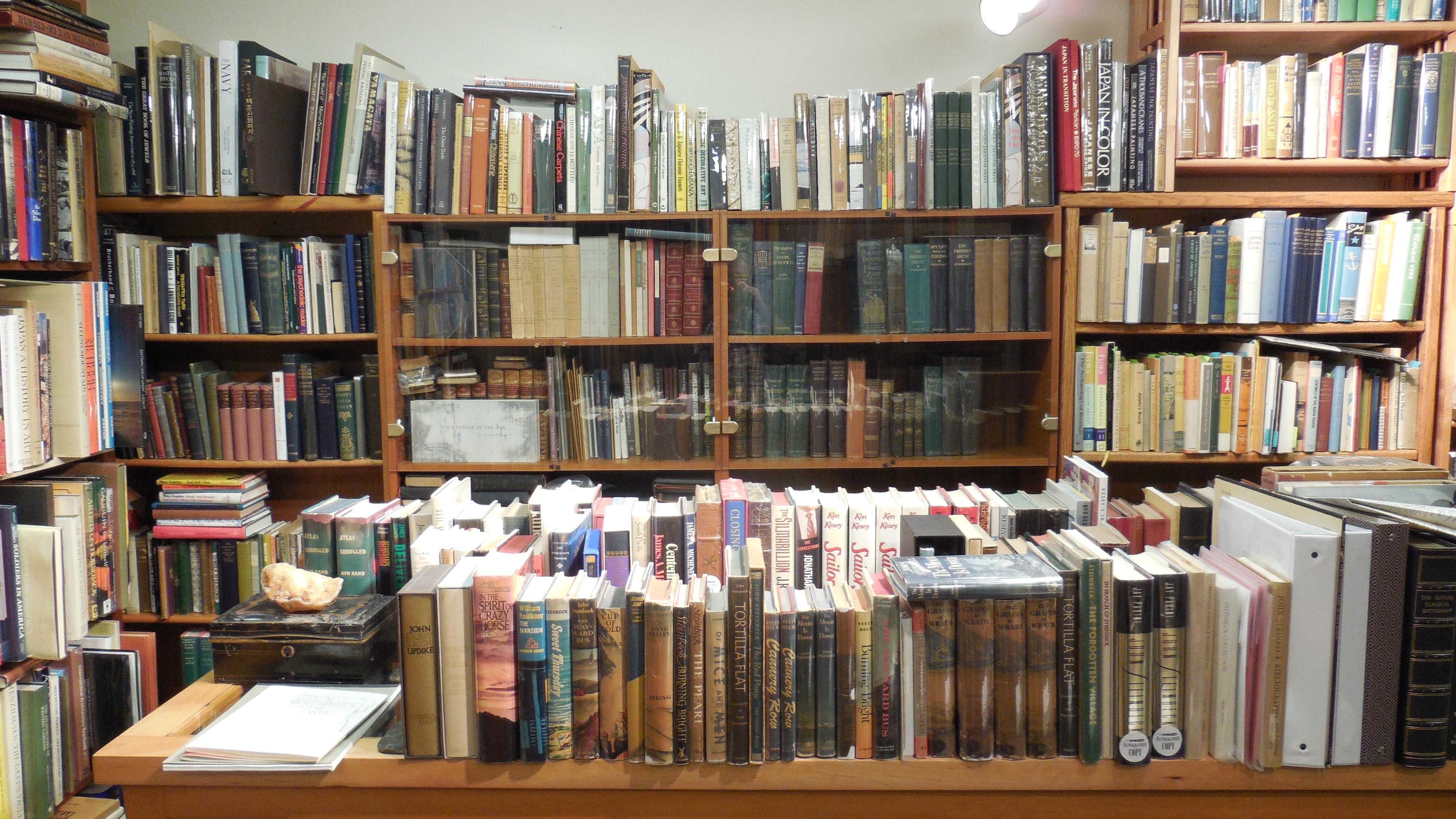 Pacific Coast Books Lincoln City Oregon 1