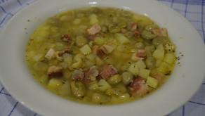 Dienstag ist Suppentag:  Erbsensuppe
