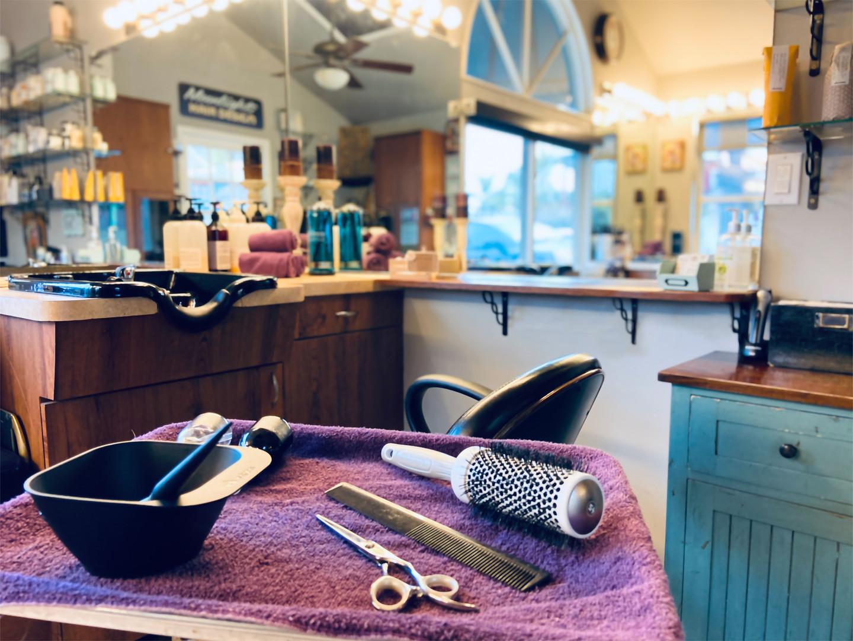 moonlight hair design closeup interior.j
