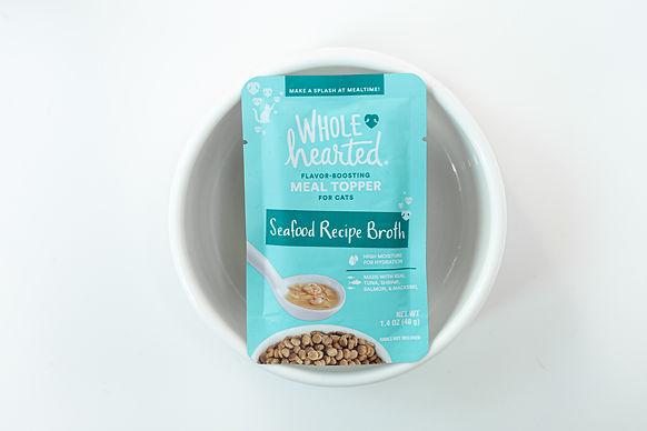pet food product photo.jpg