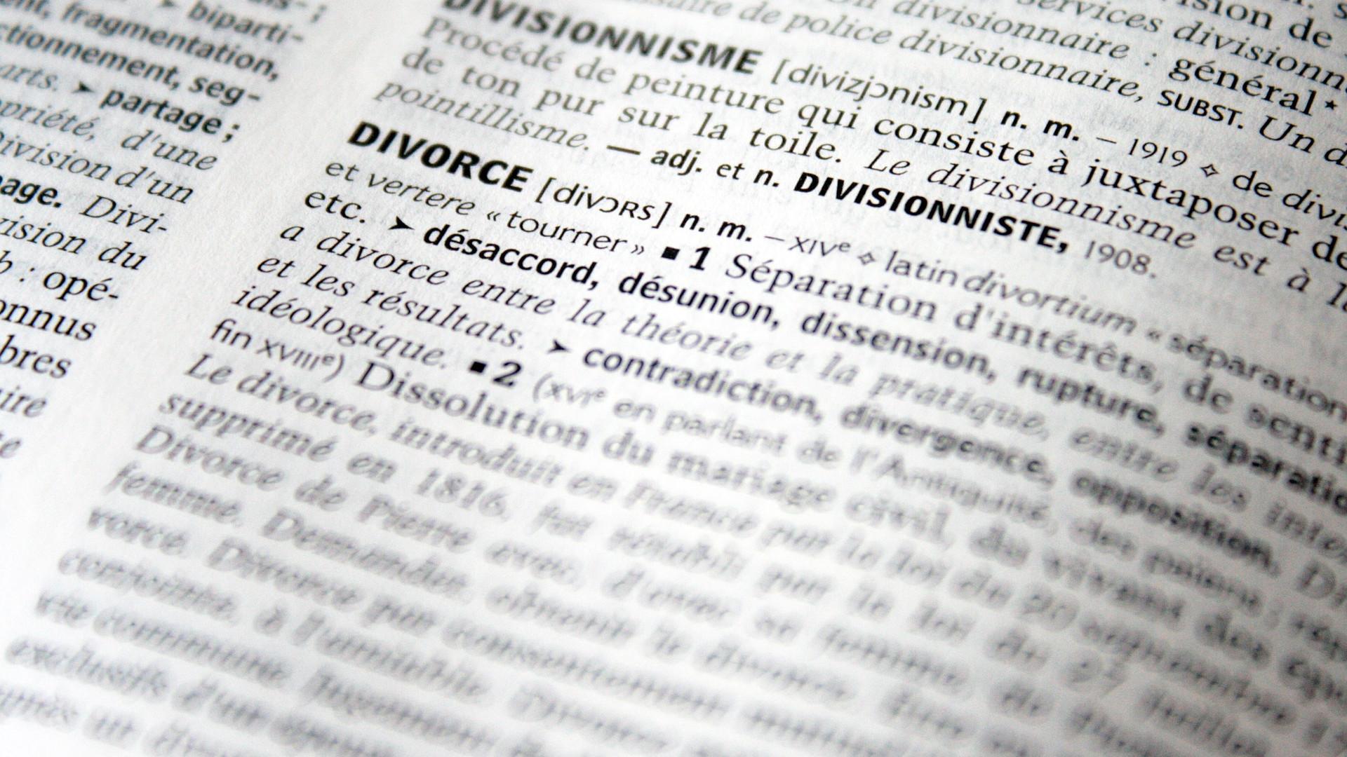 divorce-2753151_1920.jpg
