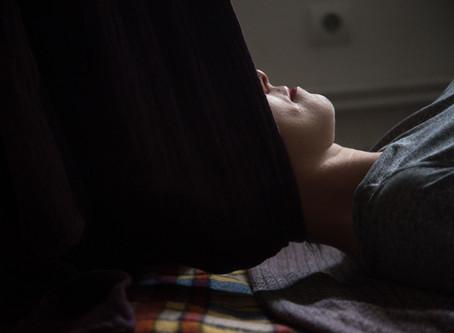 Слінгомасаж: що таке масаж ребозо?