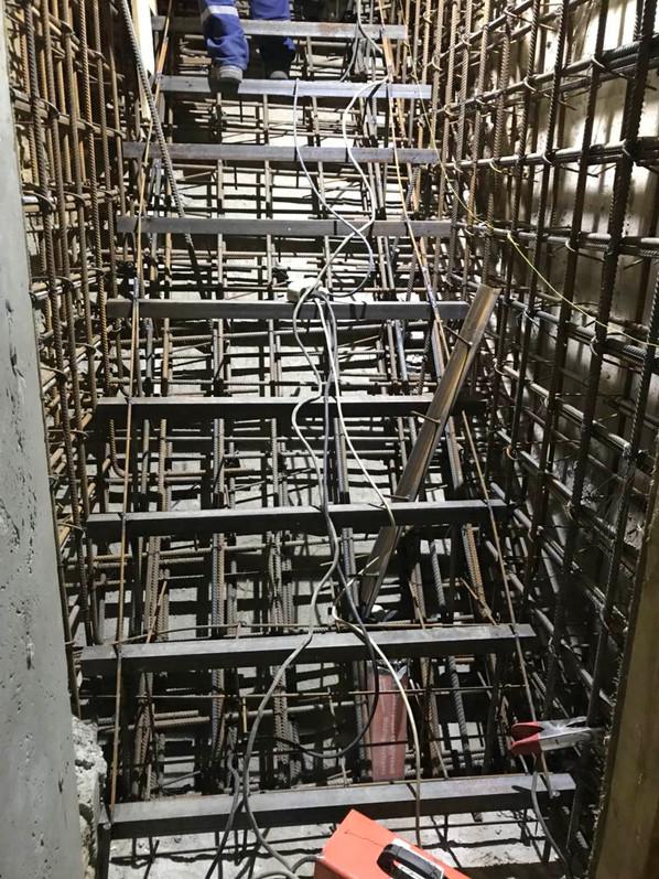 5 Армирование лестницы.