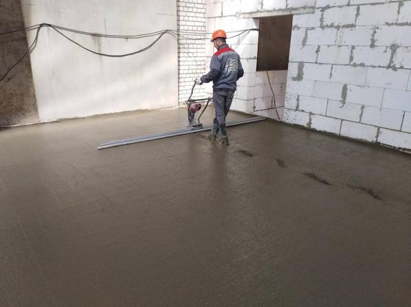 12 Вибрирование бетона.jpg