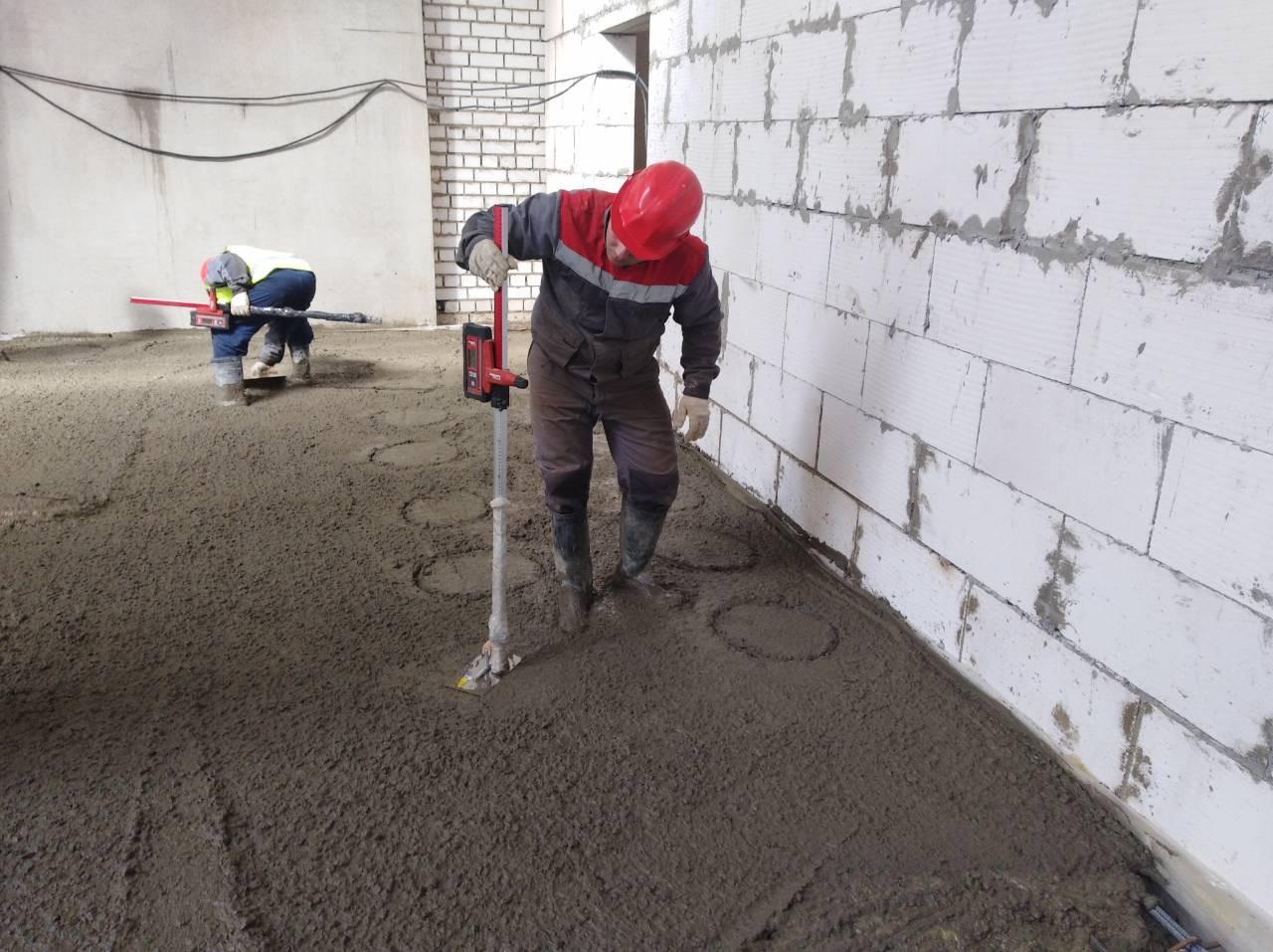 11 Разравнивание бетона.jpg