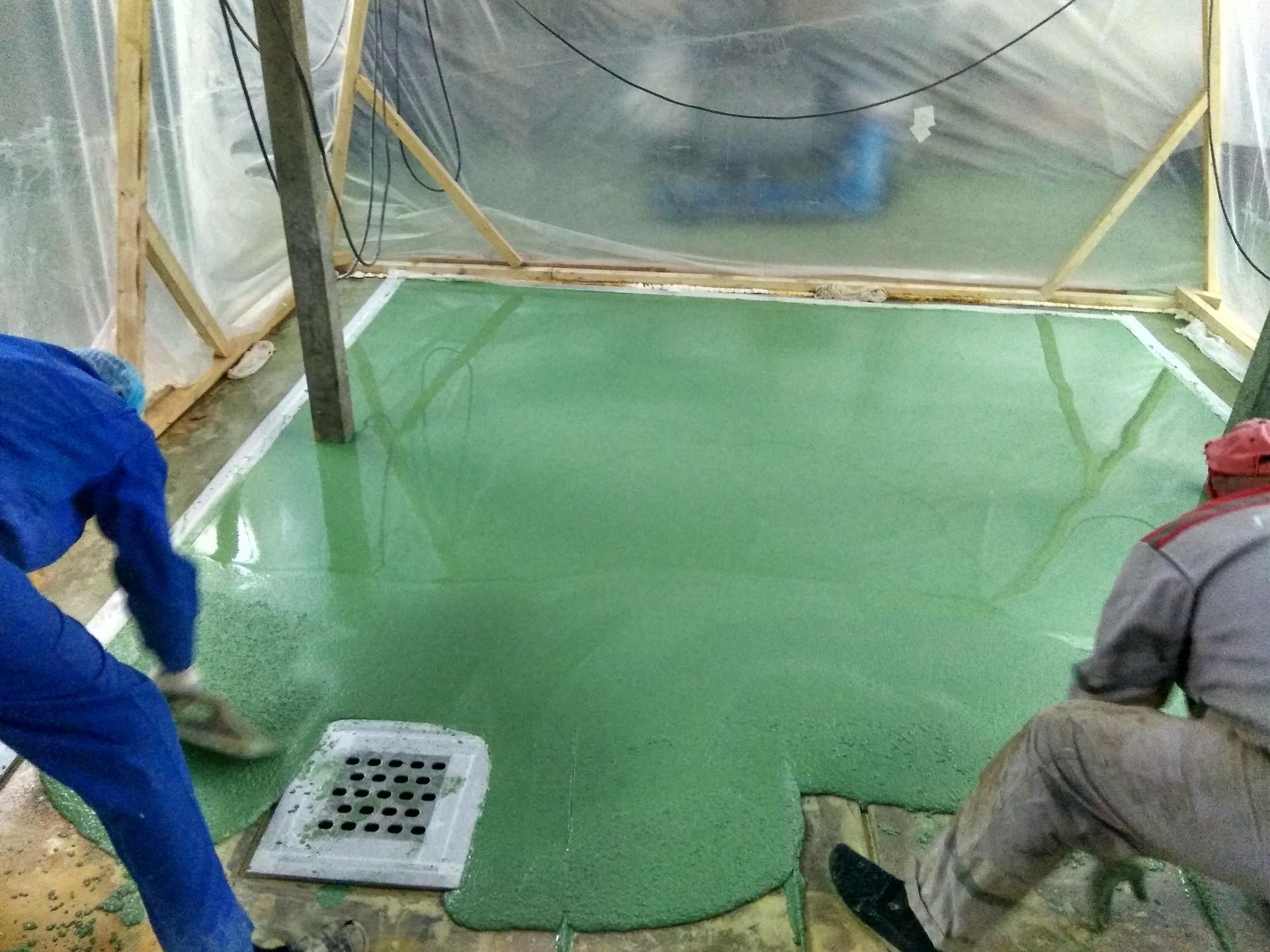 Процесс нанесения полимерного покрытия Цемезит толщ.9 мм