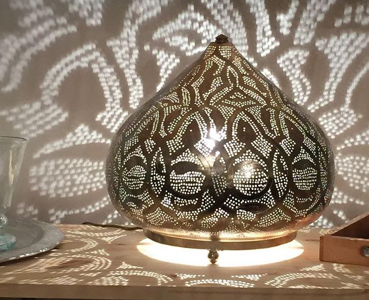 Lampe ajourée Egyptienne fait main