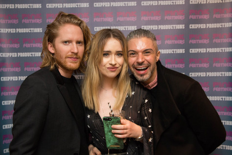 Pink Feathers Premier 2018 ©