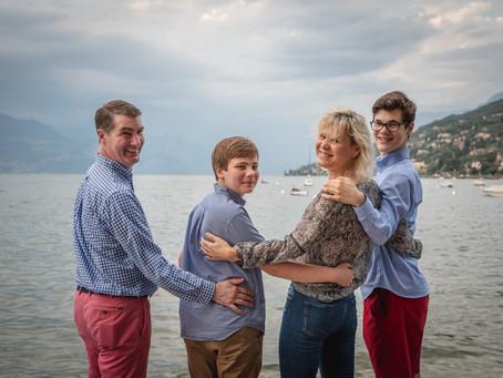 Servizio fotografico di Famiglia sul Lago di Garda, fotografando i ricordi della tua vacanza.