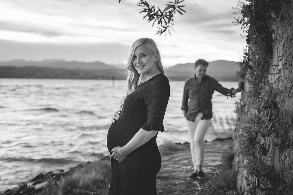 Maternity photo shoot  in Sirmione.