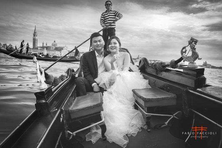 Hochzeitspaar in Venedig Grand Canal