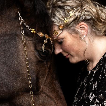 12 Mädels, 12 Pferde in 3 Tagen! Teil 1...