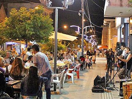 De Estancia a Ciudad Serrana: La Falda