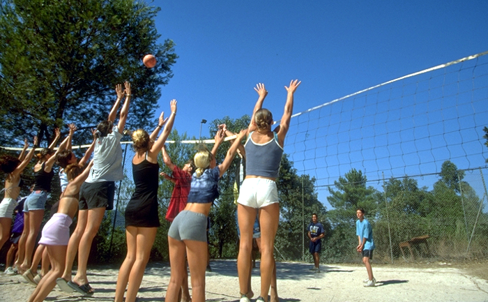 volleyretouchee700x433