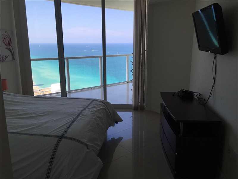 Аренда квартиры в Майами La Perla