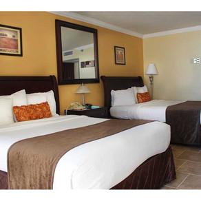 Квартира в Майами за 1600$ в месяц на первой линии в Sunny Isles Beach