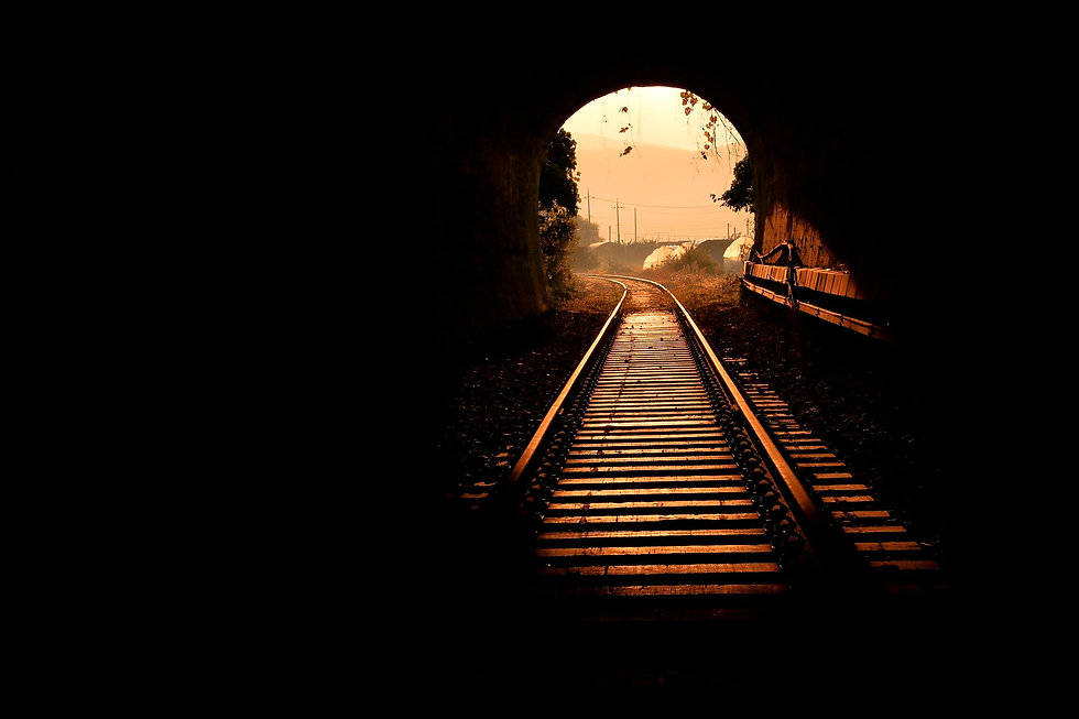 tunnel-5840091_1920_edited.jpg