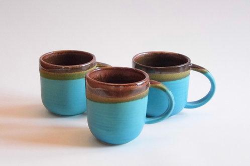 Tasse turquoise /  Tall turquoise mug(Rosalie Gingras)