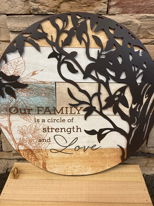 Round Wall Deco our family strength