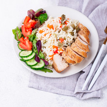 grilled-chicken-breast-with-rice-BZF22BL