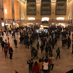 Grand Central Christmas Bunch