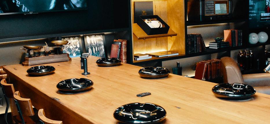 Baltoro Lounge - Mesa Coletiva POA