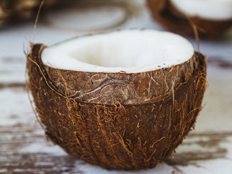15 COCONUT OIL USES FOR MOMMY