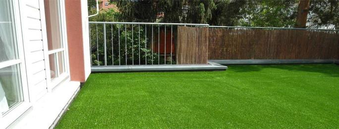 kunstrasen-terrasse02.jpg