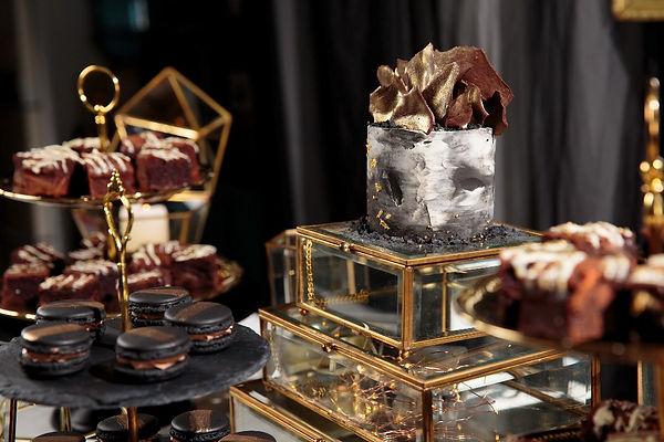 Wedding Dessert Table Styling
