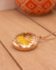 Rose Gold AromaLocket Diffuser Necklace