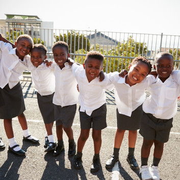 elementary-school-kids-in-africa-posing-