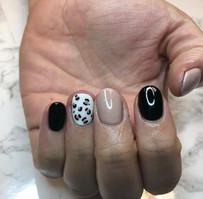 Leopard Nail Art Manicure.jpg