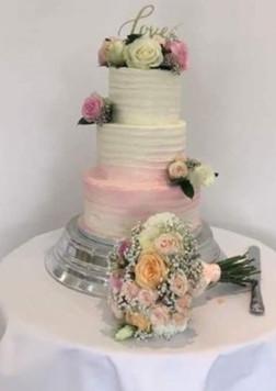 Pastel Wedding Cake Flowers