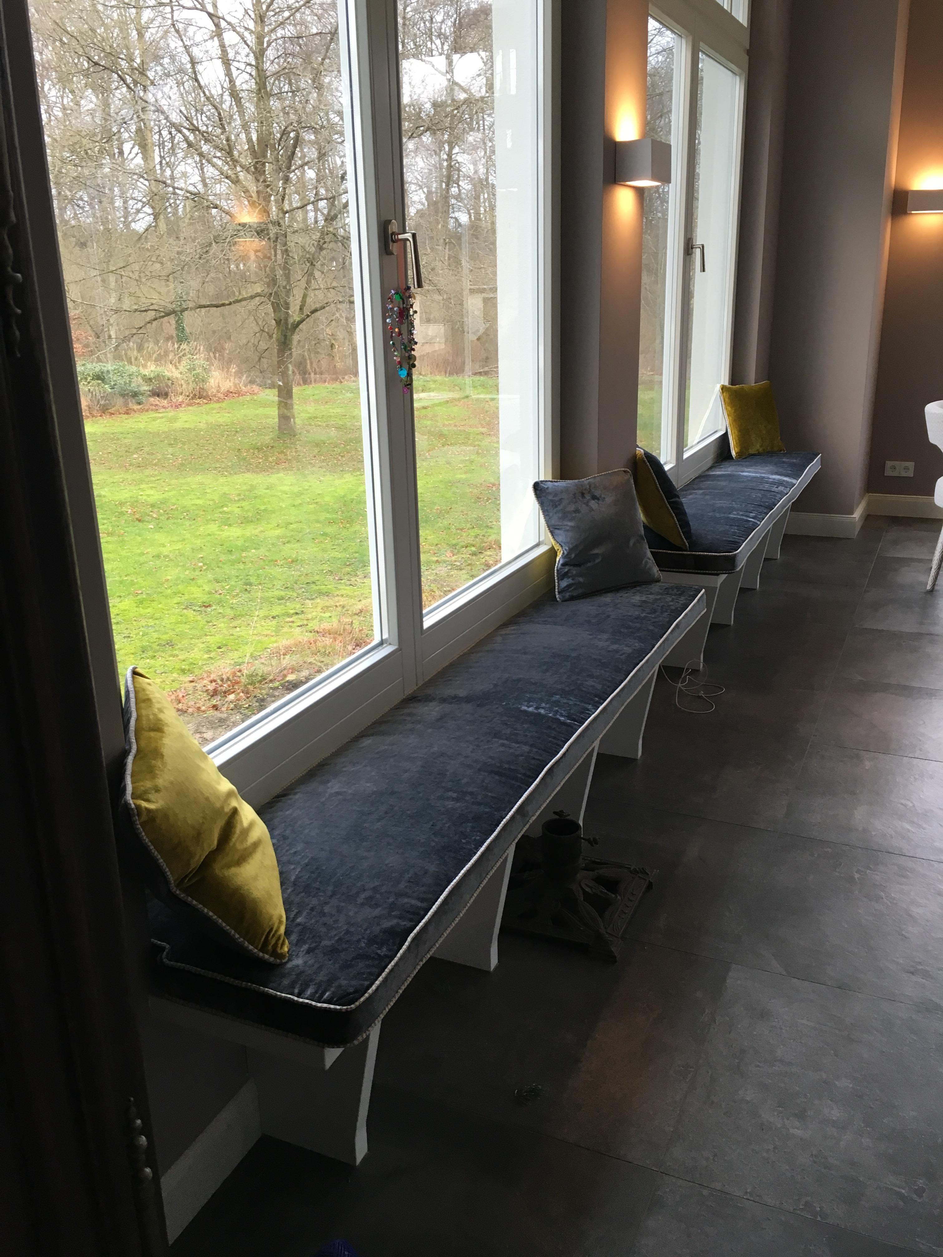Holzsitzbank & Polsterung