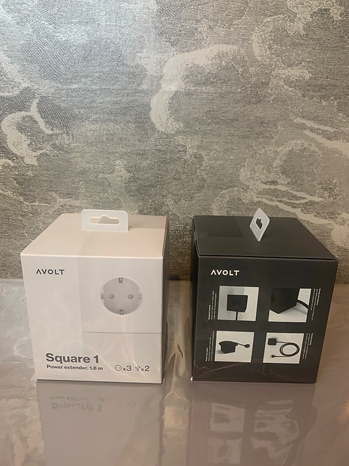AVOLT - Mehrfach-Steckdose mit USB – Grey