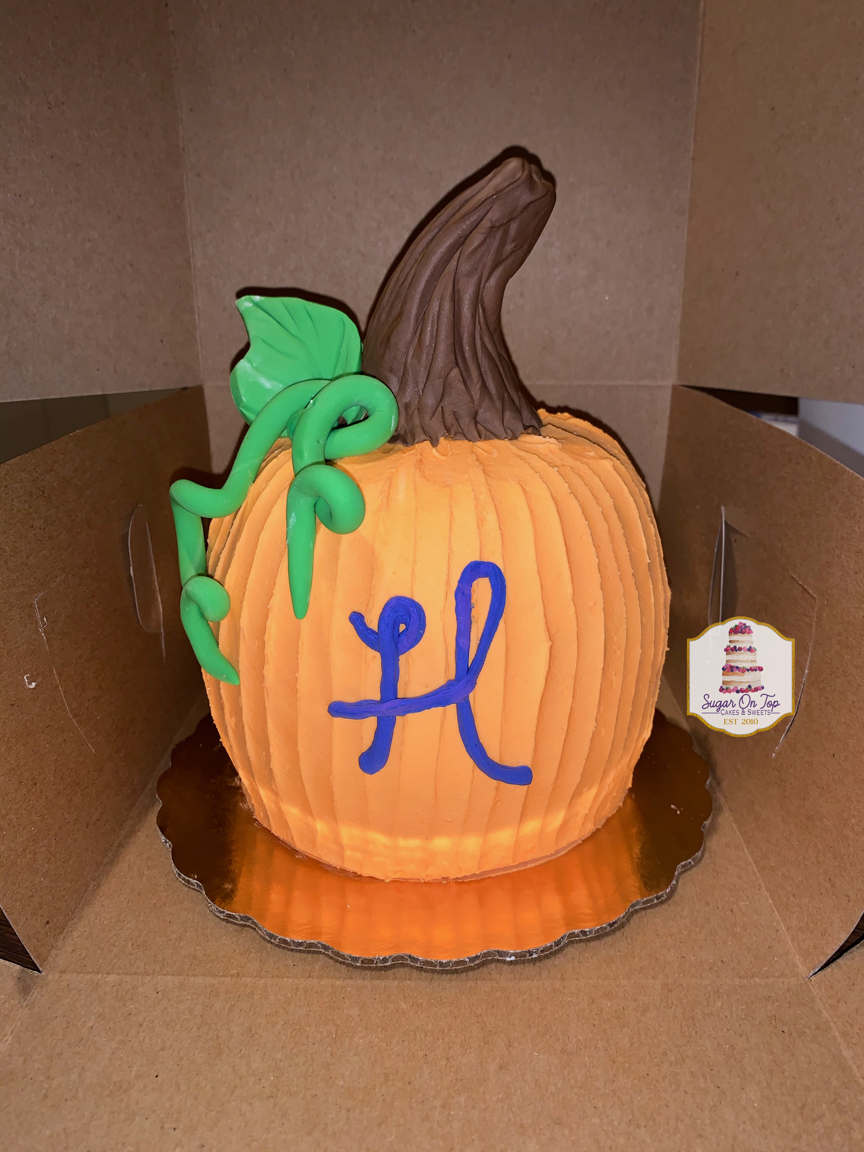 hadlee pumpkin smash cake