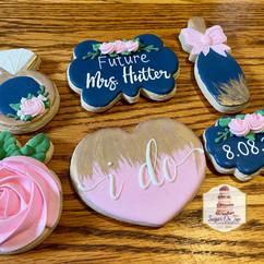 hutter bridal shower cookies.jpg