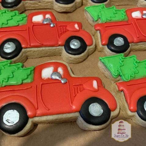 red truck christmas.jpg