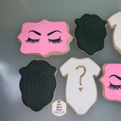 beards or brows cookies.jpg