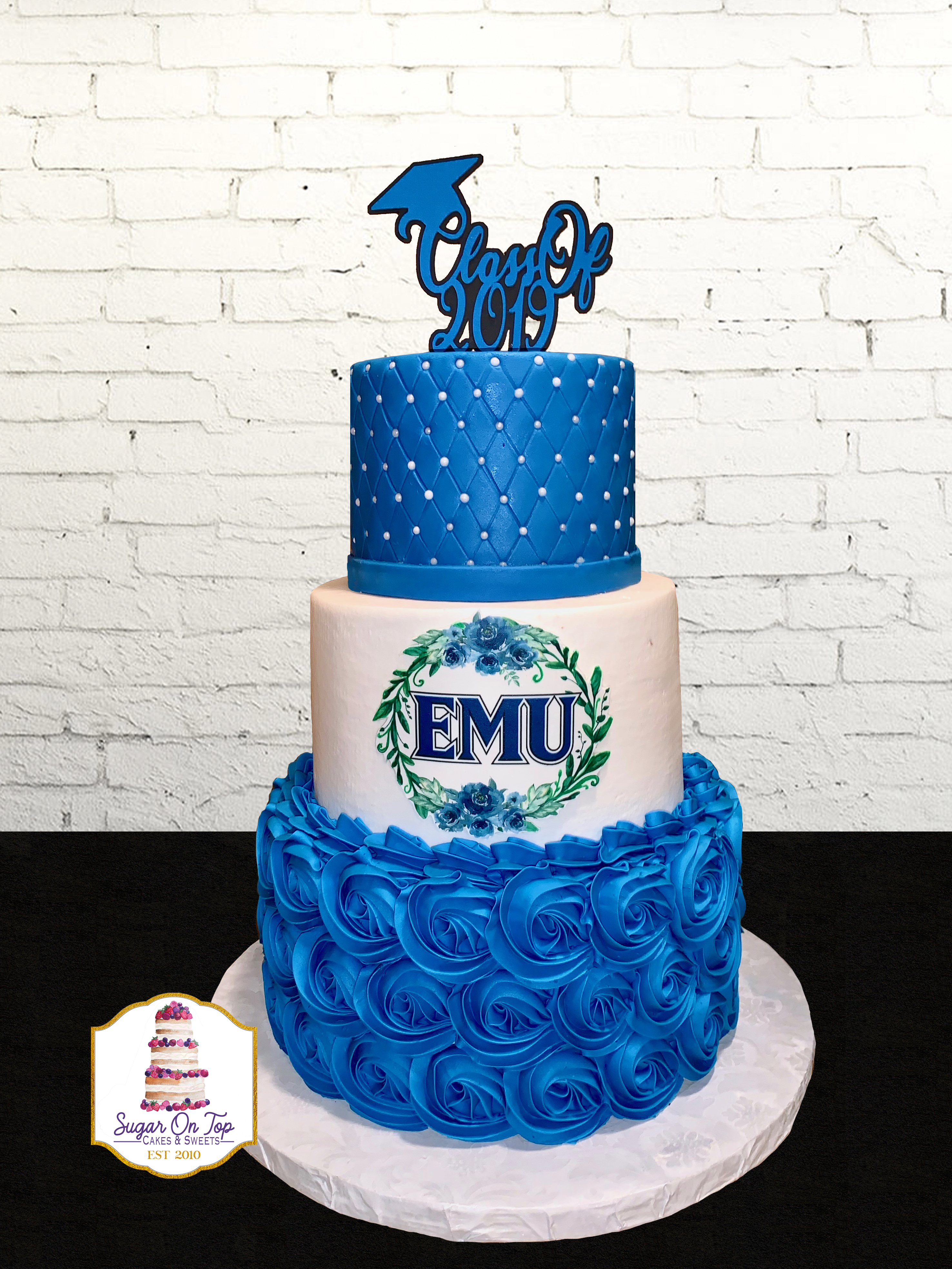 emu 3 tier grad cake